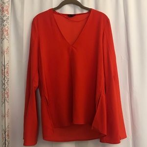 3/$25 Topshop Red Orange Bell Sleeve Top Size 6